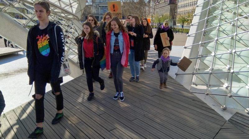 marsz uczniow 2 800x445 - Poznań: Wolność, równość, edukacja! - marsz uczniów przeszedł ulicami