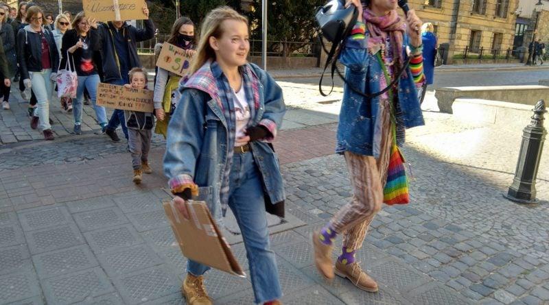 marsz uczniow 7 800x445 - Poznań: Wolność, równość, edukacja! - marsz uczniów przeszedł ulicami