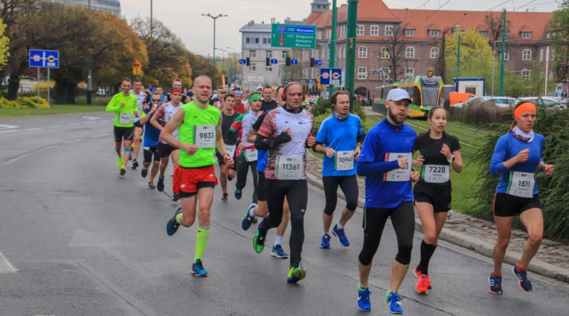 polmaraton 2019 kwiecien 13 800x445 - 12. PKO Poznań Półmaraton: zdjęcia z biegu