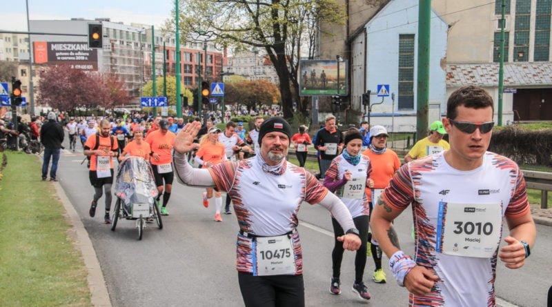 polmaraton 2019 kwiecien 35 800x445 - 12. PKO Poznań Półmaraton: zdjęcia z biegu