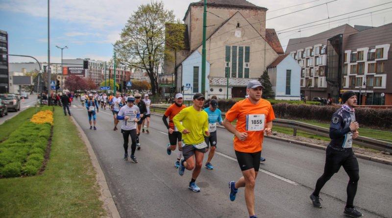 polmaraton 2019 kwiecien 39 800x445 - 12. PKO Poznań Półmaraton: zdjęcia z biegu