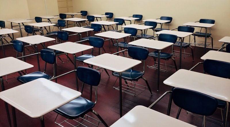 szkola 1 800x445 - Egzamin ósmoklasisty: czy egzaminy w Poznaniu się odbędą?