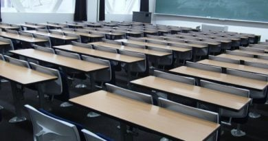 szkola 4 390x205 - Poznań: Włoski strajk nauczycieli sprawi, że mniej zarobią?