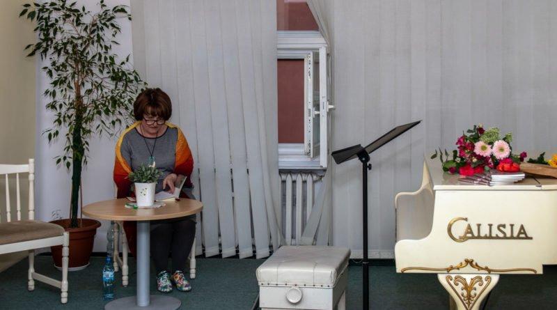 towarzystwo wieniawskiego wieczor autorski katarzyny ... 9 800x445 - Katarzyna Mrozik-Stefańska: poetka z poczuciem humoru