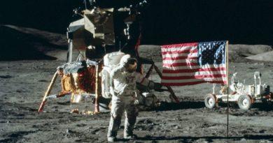Fotoplastykon na Księżycu