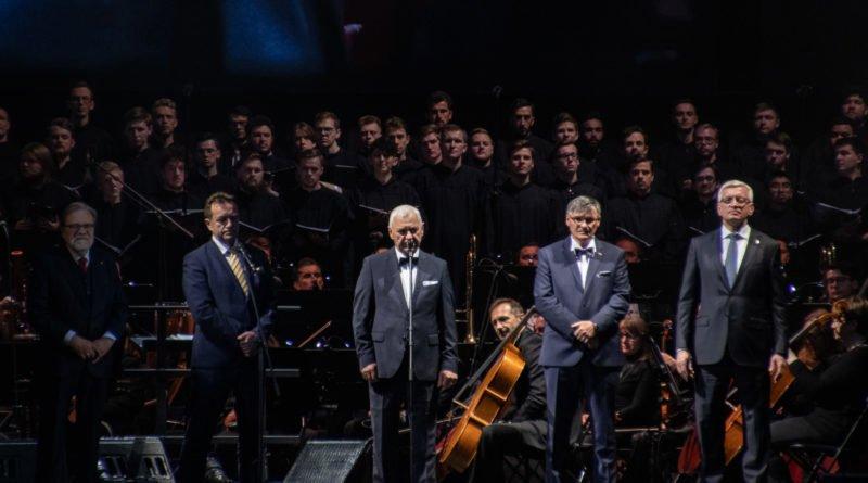 """andrea bocelli slawek wachala 12 800x445 - Andrea Bocelli wystąpił na stadionie. """"Myślę, że Poznań na długo zapamięta ten koncert"""""""