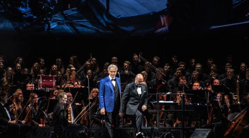 """andrea bocelli slawek wachala 21 800x445 - Andrea Bocelli wystąpił na stadionie. """"Myślę, że Poznań na długo zapamięta ten koncert"""""""