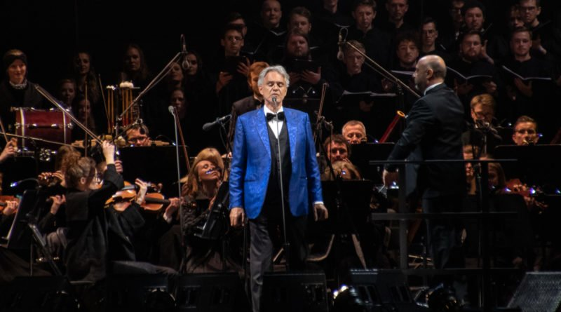 """andrea bocelli slawek wachala 35 800x445 - Andrea Bocelli wystąpił na stadionie. """"Myślę, że Poznań na długo zapamięta ten koncert"""""""