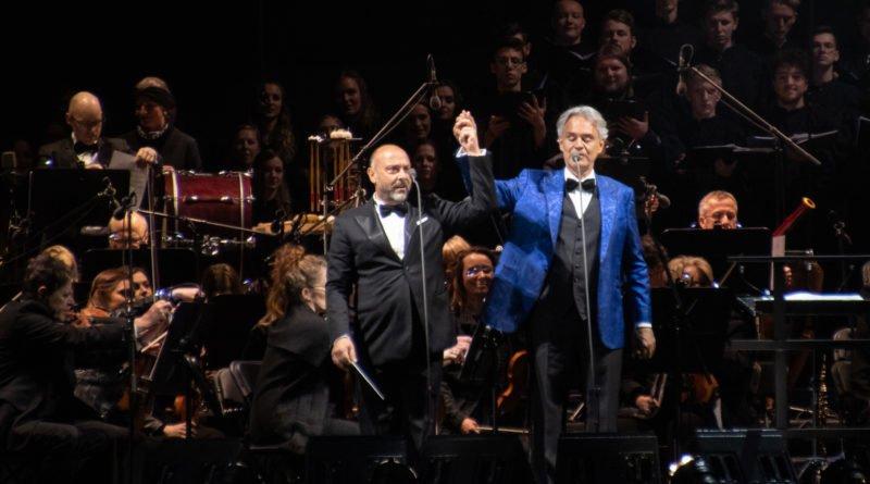 """andrea bocelli slawek wachala 38 800x445 - Andrea Bocelli wystąpił na stadionie. """"Myślę, że Poznań na długo zapamięta ten koncert"""""""