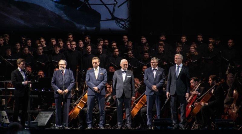 """andrea bocelli slawek wachala 8 800x445 - Andrea Bocelli wystąpił na stadionie. """"Myślę, że Poznań na długo zapamięta ten koncert"""""""