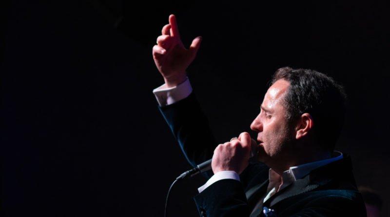 chris schittulli aznavour slawek wachala 110 800x445 - Piosenki Charles'a Aznavoura w wykonaniu Chrisa Schittulli