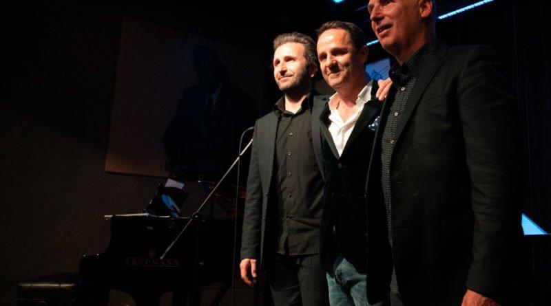 chris schittulli aznavour slawek wachala 126 800x445 - Piosenki Charles'a Aznavoura w wykonaniu Chrisa Schittulli