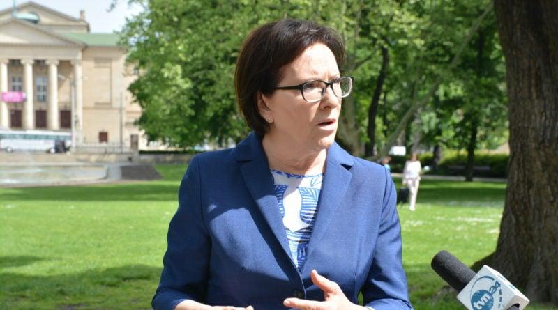 ewa kopacz fot. fot. karolina adamska 800x445 - Polska: Ewa Kopacz i jej zdjęcia w prosektorium w Moskwie
