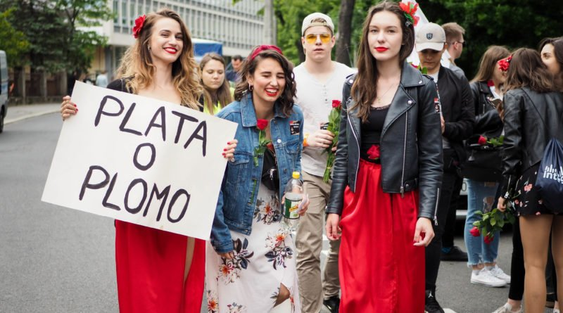 juwenalia 2019 poznan pochod fot. wojtek lesiewicz 12 800x445 - Juwenalia Poznań 2019. Barwny pochód przeszedł ulicami miasta!