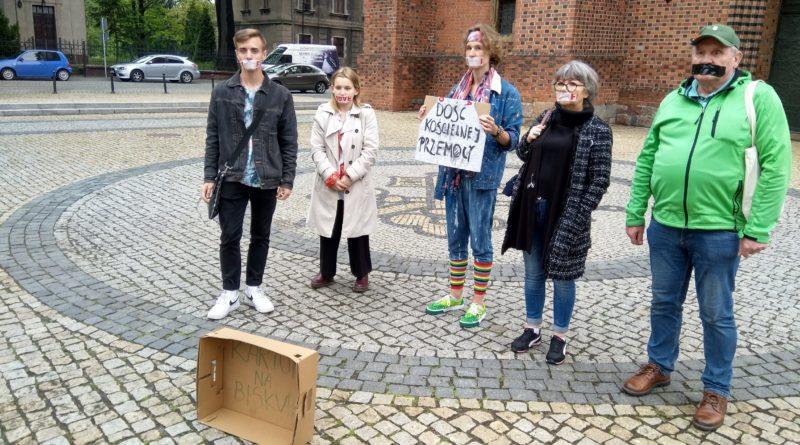 protest Ostrów Tumski