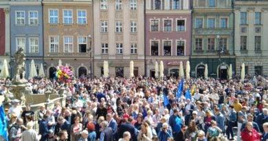 Stary Rynek tłum ludzi