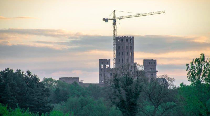 stobnica slawek wachala 16 800x445 - Stobnica: Zapadła decyzja w sprawie zamku