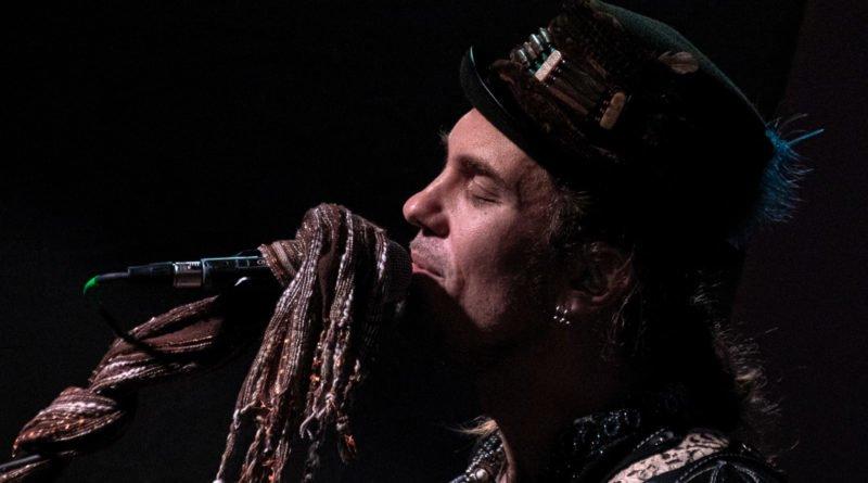ulrich ellison tribe slawek wachala 28 800x445 - Blues z Texasu w Poznaniu - Ulrich Ellison & Tribe