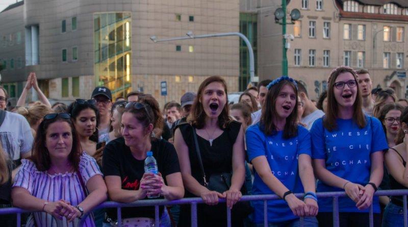 100lat razem songbird slawek wachala 1 800x445 - 100 lat Razem - Festiwal Uniwersytetu Poznańskiego (zdjęcia)