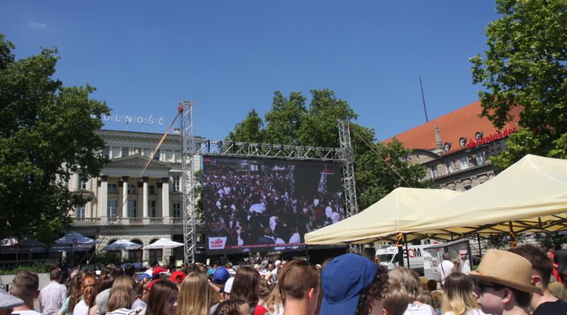 """4 czerwca plac wolnosci fot. um 6 800x445 - Poznań: """"Virtuoso"""" i przeboje musicali od Teatru Muzycznego"""
