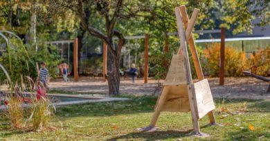 ogrod po modernizacji w przedszkolu nr 42pic11016134624234208with ratio16 9 390x205 - Poznań: plac zabaw z błota, gliny i wikliny