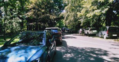 part 1560181556226 1 390x205 - Park Sołacki będzie parkingiem?