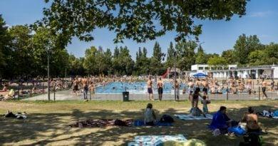 plywalnia w parku kasprowicza fot. ump 390x205 - Poznań: W piątek otwarcie pływalni w parku Kasprowicza!