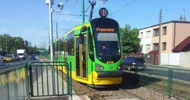 """tramwaj nr 1 franowo fot. ump ztm 390x205 - Poznań: Powstanie trasa tramwajowa na Marcelin? """"Nie chcemy, by Marcelin stał się drugim Mordorem"""""""