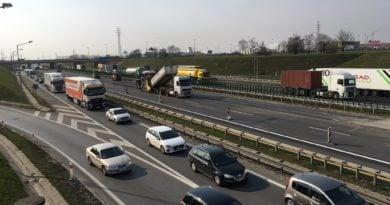 Konin: Wypadek na A2 w stronę Warszawy. Są ranni