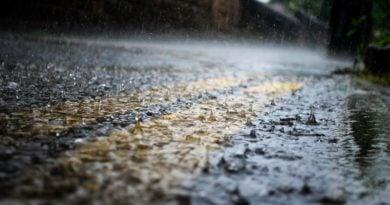 deszcz 2 390x205 - Poznań: Na drogach może być ślisko! GDDKiA ostrzega