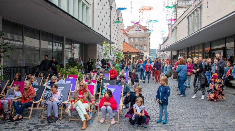 kulturalny stary rynek 8 lipca quadro s. wachala 7 800x445 - TSIGUNZ FANFARA AVANTURA - na scenie Quadro - Kulturalny Stary Rynek