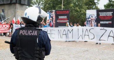 Marsz Równości 2019 Kontrmanifestacja środowiska narodowe fot. Wojtek Lesiewicz (9)