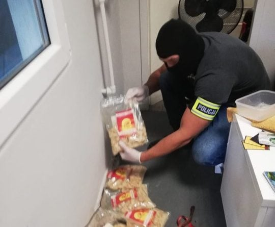 Poznań: narkotyki w... myjni samochodowej