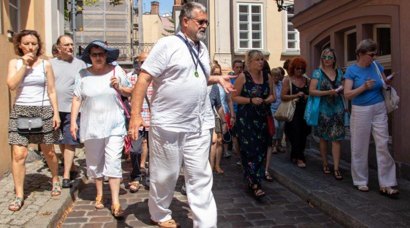 miasto miodem plynace kulturalny stary rynek s. wachala 19 800x445 - Poznań miodem płynący?