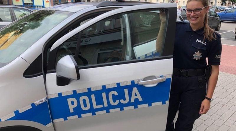 policjantka m. kolodziejska fot. kwp 800x445 - Koło: policjantka zapobiegła tragedii na torach