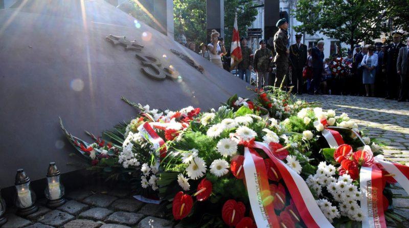 powstanie warszawskie ump 800x445 - Poznań: Powstanie Warszawskie: o 17.00 zawyją syreny alarmowe