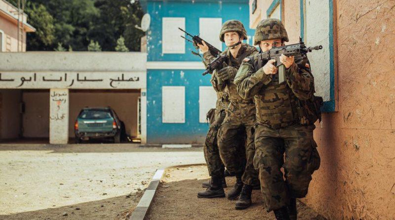wot 1 800x445 - Śrem: Terytorialsi ćwiczą walkę w terenie miejskim