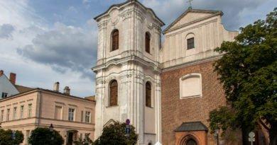 zabytek otwarty jezuici s. wachala 46 390x205 - Zabytkowy kościół i klasztor Jezuitów (wcześniej Dominikanów) jako Zabytek Otwarty (zdjęcia)