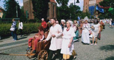 bambrzy 4 390x205 - Poznań: Jak Bambrzy do Poznania 300 lat temu przybywali