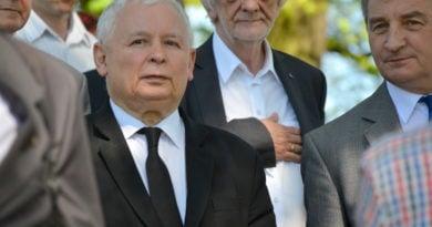 Jarosław Kaczyński, Ryszard Terlecki i Marek Kuchciński fot. Silar
