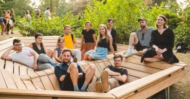 mood for wood 1 390x205 - Poznań: Mood for Wood, czyli niezwykła ławka w Ogrodzie Dendrologicznym
