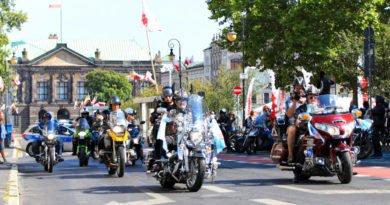 parada motocyklowa 2 fot.s. wachala 390x205 - Poznań: XII Parada Motocyklowa Solidarności przejechała przez miasto