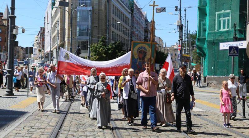 pokutny marsz rozancowy fot. org 800x445 - Poznań: Przez centrum miasta przejdzie Pokutny Marsz Różańcowy