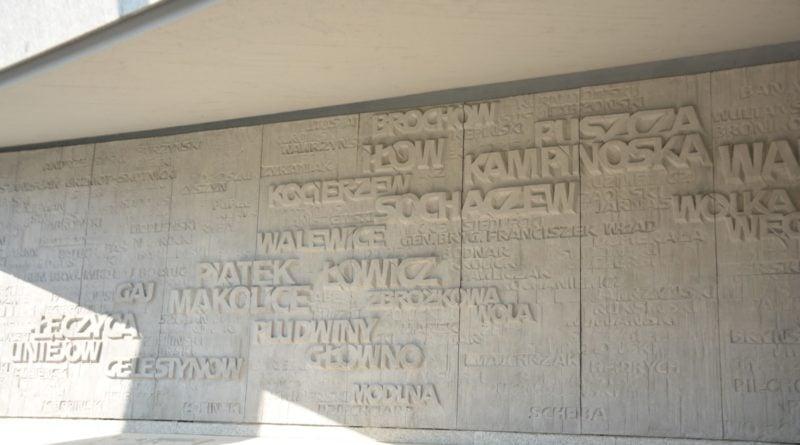 pomnik armii poznan fot. ump 1 800x445 - Poznań: Pomnik Armii Poznań odzyska blask? Trwa gruntowne czyszczenie