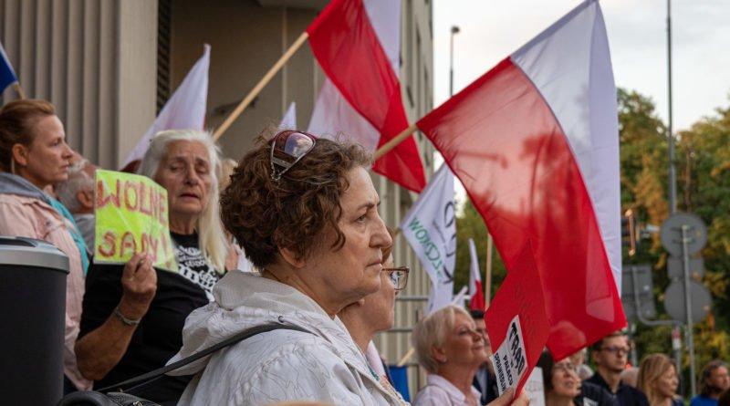 protest kod ziobro do dymisji fot. slawek wachala 29 800x445 - Poznań: Demonstracja KOD. Chcieli dymisji Ziobry!