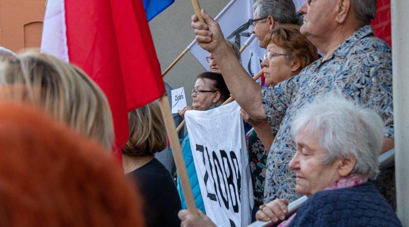 protest kod ziobro do dymisji fot. slawek wachala 800x445 - Poznań: Demonstracja KOD. Chcieli dymisji Ziobry!