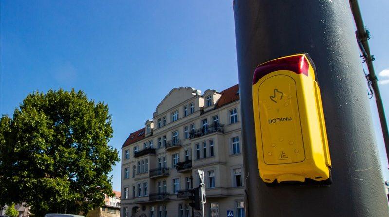 przejscie dla pieszych fot. zdm 799x445 - Poznań: W mieście powstają kolejne przejścia dla pieszych z sygnalizacją akustyczną