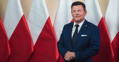 """robert popkowski fot. fb 390x205 - Konin: Posłowie KO donoszą do prokuratury na radnego Popkowskiego. Za """"tęczową zarazę"""""""