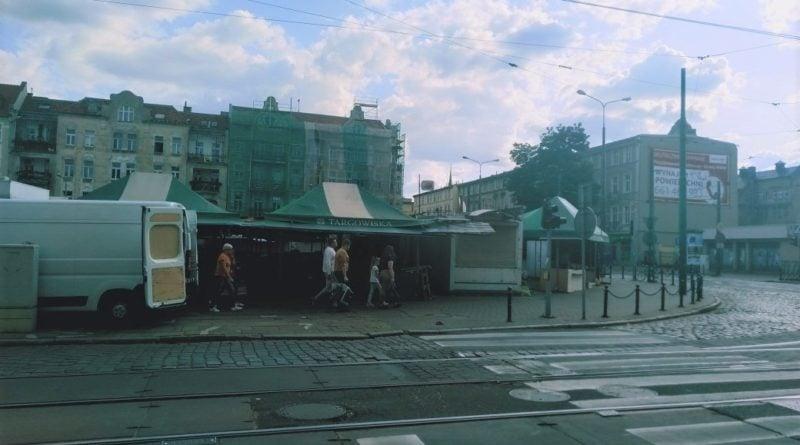 rynek jezycki 2 800x445 - Poznań: Przystanki bardziej przyjazne dla pasażerów