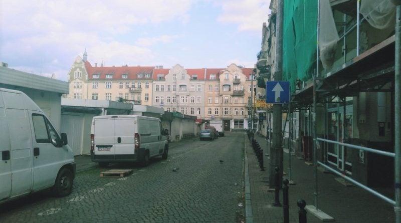 rynek jezycki 5 800x445 - Poznań: Zmiany w organizacji ruchu wokół rynku Jeżyckiego. Mieszkańcy zamierzają protestować